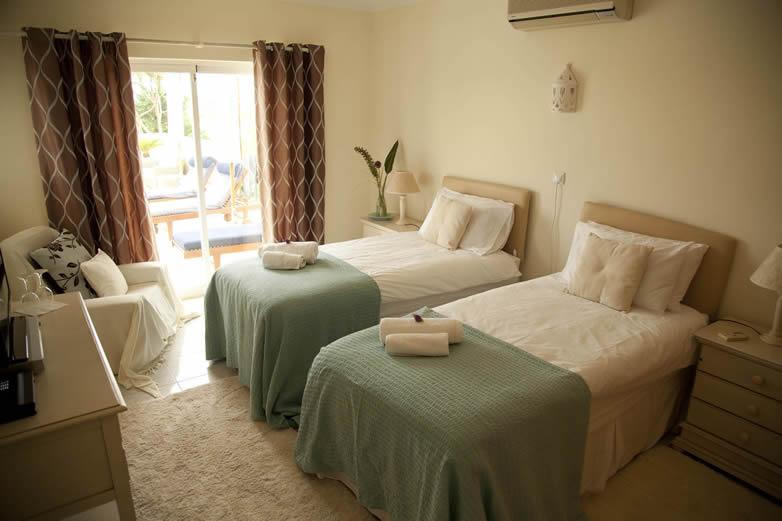 Algarve-Villa-Bedroom-4