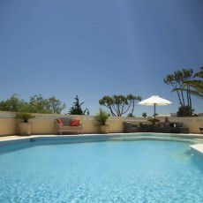 Algarve-Villa-pool-area%20(3)