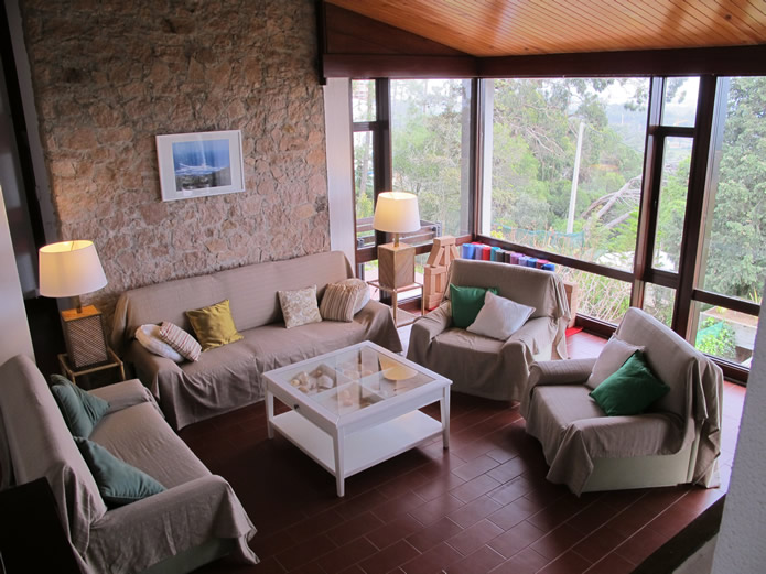 Guincho-Villa-living-room-1