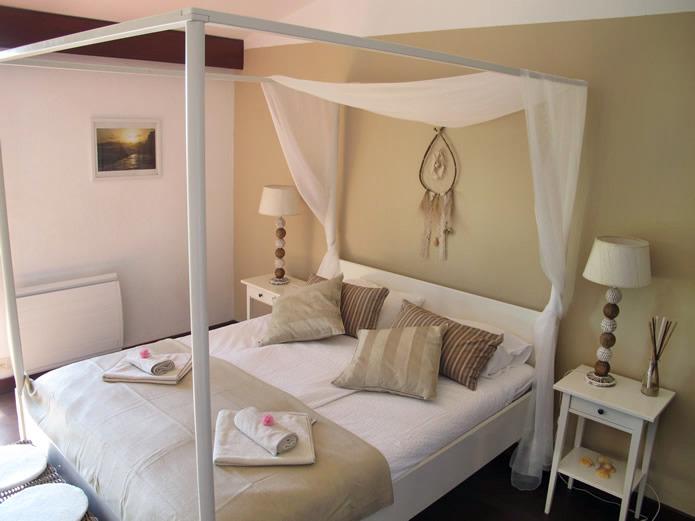 Room-2-Guincho-Villa